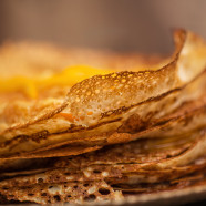Millefeuille of crepes with candied orange and Grand Marnier sauce