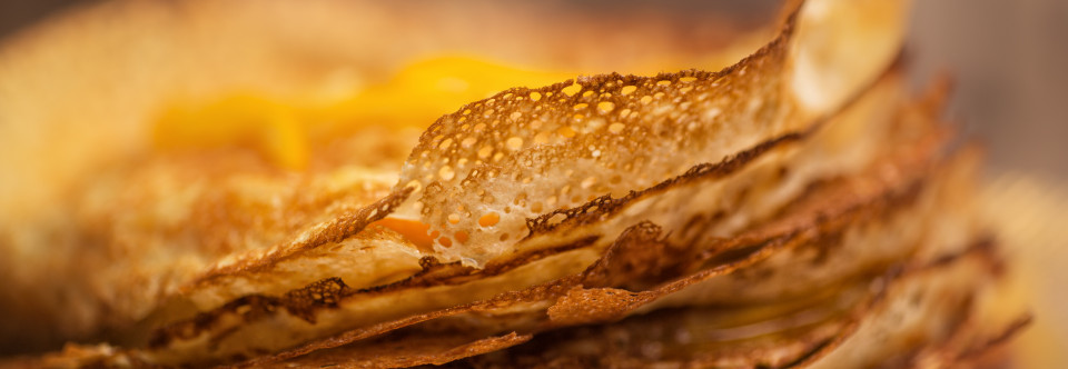 Blätterteig-Crêpe-Schnitten (Millefeuille) mit Grand Marnier Orange